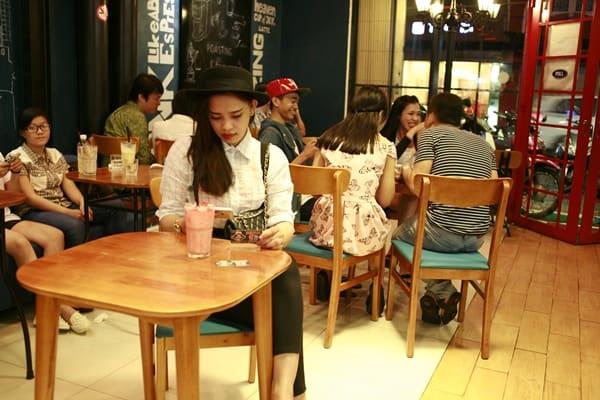 quán cà phê sinh viên