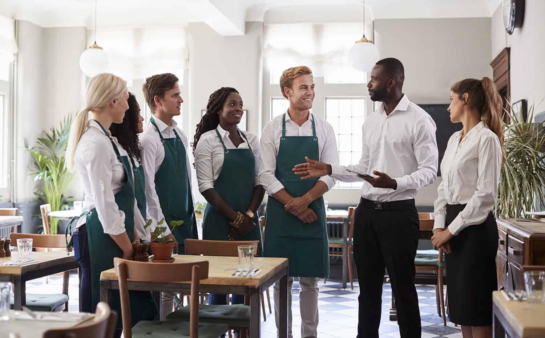 làm mẫu đào tạo nhân viên nhà hàng