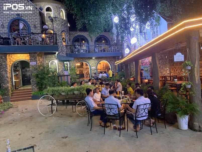 Dreamy Coffee – Café lâu đài độc đáo giữa lòng Lai Châu