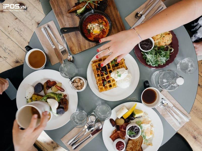 Đừng biến nhà hàng của bạn thành người luôn trễ hẹn