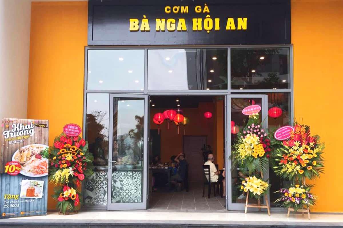Cơm gà Bà Nga nức tiếng Hội An đã có mặt ở Hà Nội 1