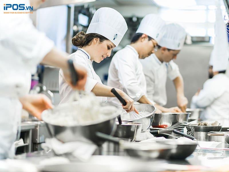 chuyên môn hóa để quản lý bếp nhà hàng hiệu quả
