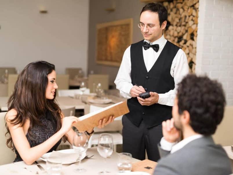 Quyền hạn và trách nhiệm người quản lý nhà hàng