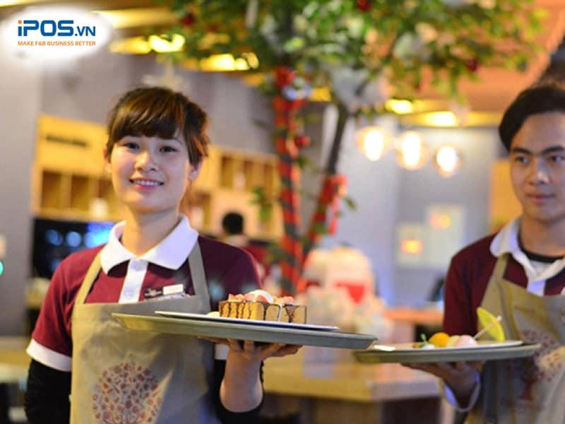 phân bổ nhân sự hợp lý để tối ưu công suất nhà hàng