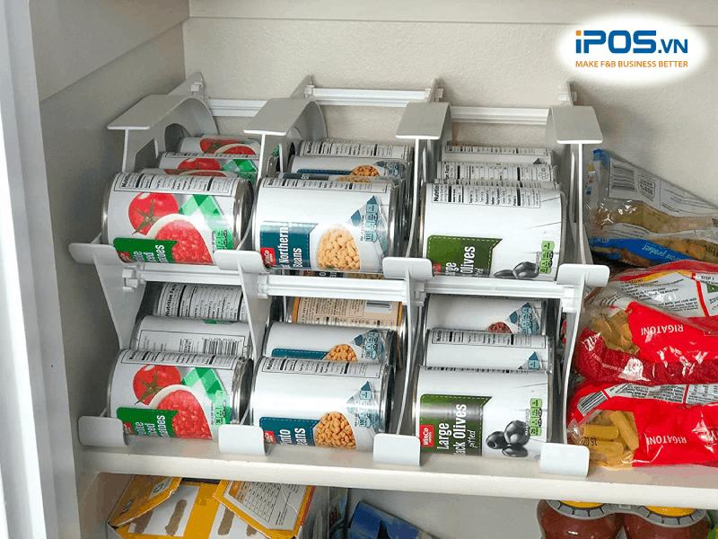 Giá để thực phẩm khô được thiết kế để hỗ trợ nguyên tắc FIFO