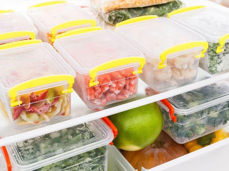 Bảo quản thực phẩm trong hộp/ túi bọc kín