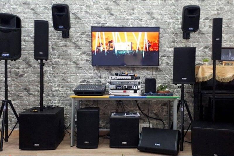 Chuẩn bị vốn cho trang thiết bị mở quán Karaoke