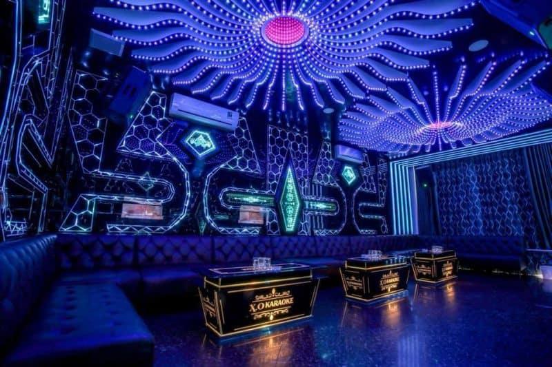 Chuẩn bị vốn cho thiết kế, trang trí nội thất của quán Karaoke