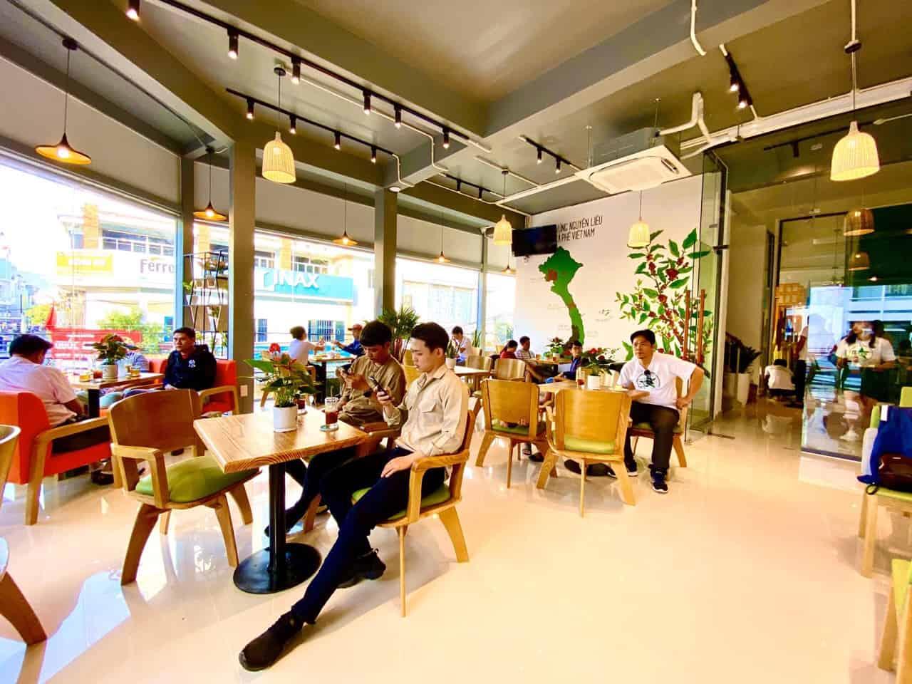 nhượng quyền cafe viva star coffee