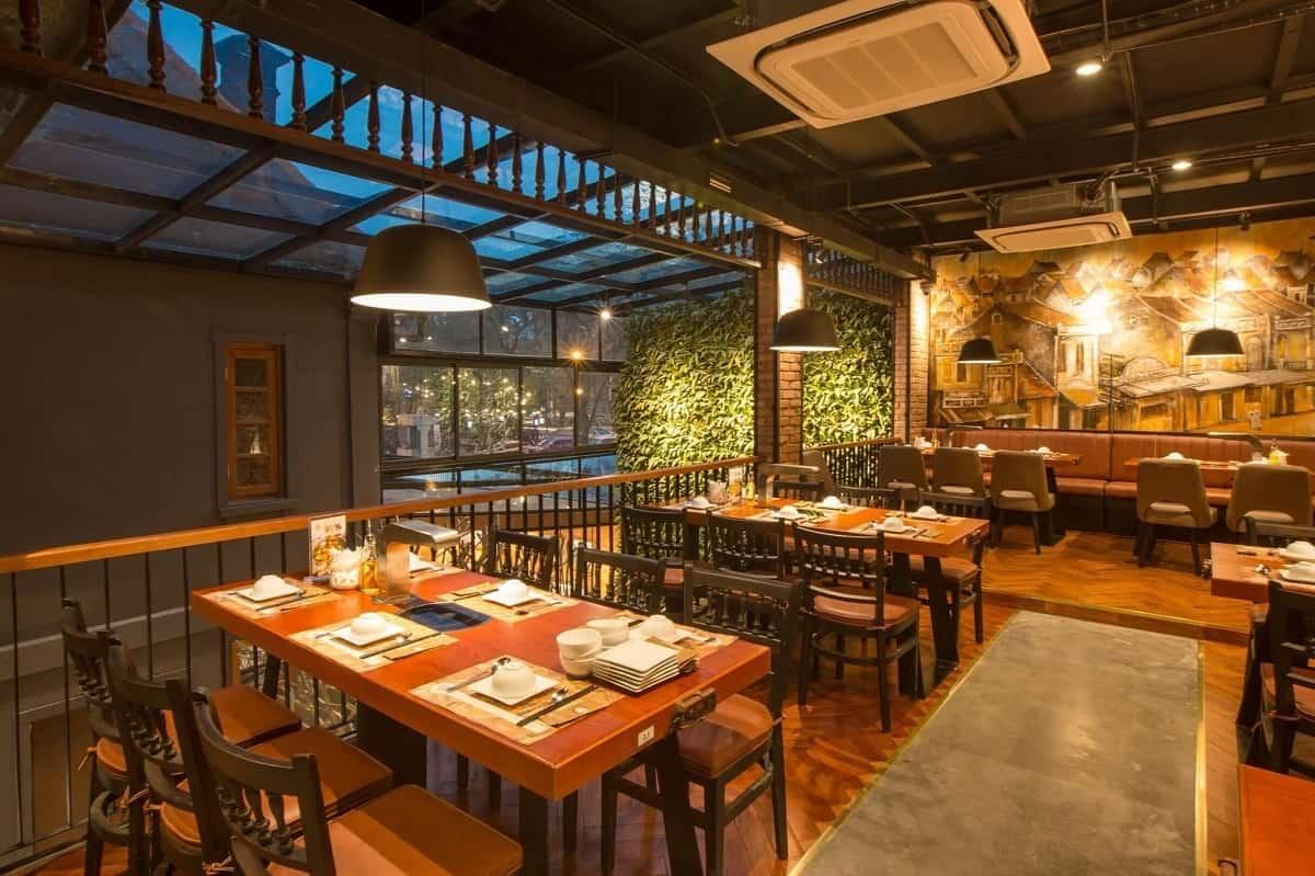 lựa chọn mô hình kinh doanh và phong cách trang trí nhà hàng