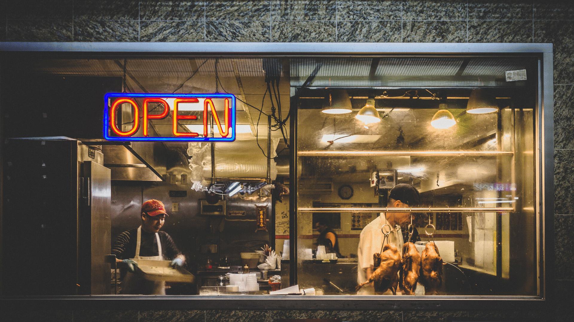 lên ý tưởng và định hướng kế hoạch kinh doanh nhà hàng