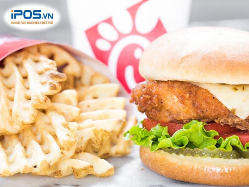 Đóng gói đồ ăn bằng nguyên liệu thân thiện với môi trường sẽ tạo thiện cảm của khách hàng đối với thương hiệu.