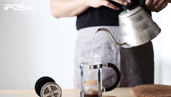 Chuẩn bị nguyên vật liệu pha chế cafe