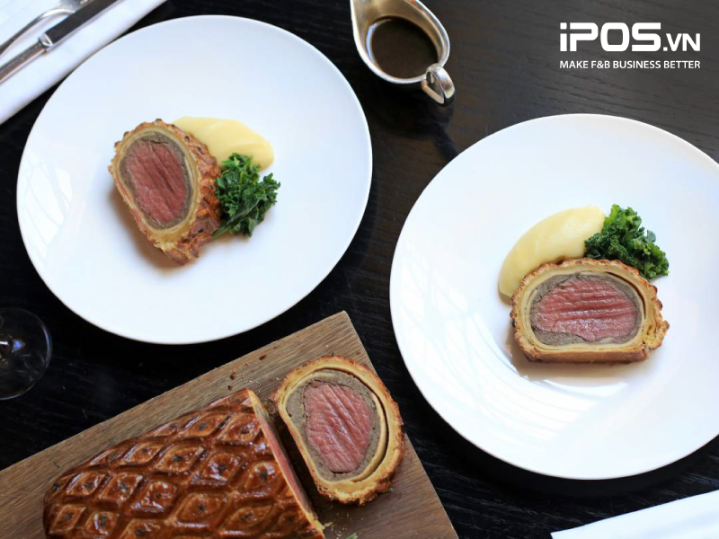 Beef Wellington - Món Signature nổi tiếng của đầu bếp Gordon Ramsey