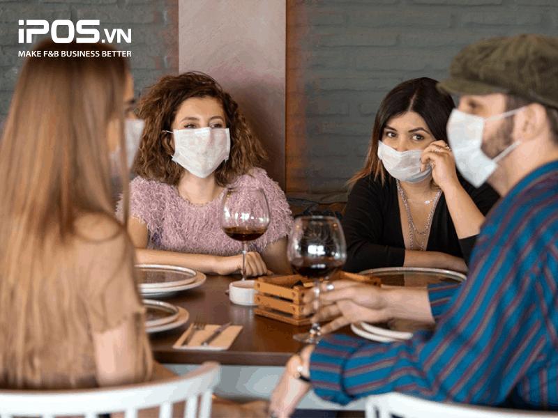 Bất chấp dịch bệnh, ăn ngoài vẫn là ưu tiên hàng đầu của nhóm khách hàng này