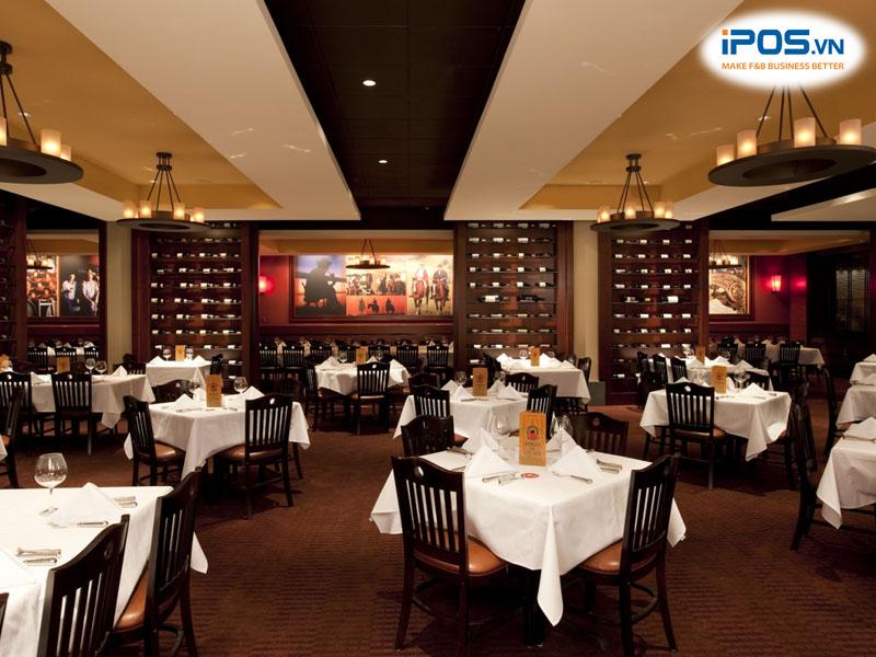 Nhà hàng bị mất thông tin khách đặt bàn trước đó