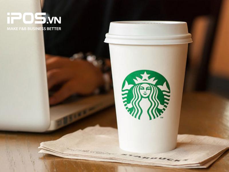 """Starbuck chi """"bội tiền"""" cho cốc giấy dùng 1 lần để nâng cao hình ảnh thương hiệu"""