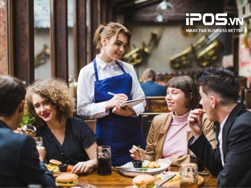 Nhân viên phải ghi tay order của khách vào giấy nếu quản lý quán cafe theo cách truyền thống